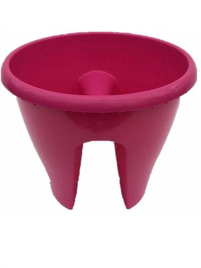 Pot de fleurs pour balcon rose